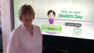 wii-fit-grandma-super-rare-games-nintendon
